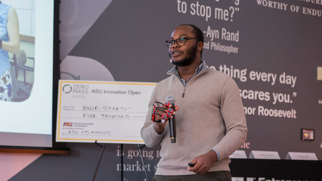 A student pitches his team's venture at the ASU Innovation Open.