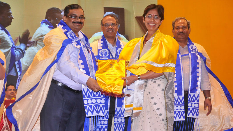 Chaitali Chakrabarty receives the Distinguished Alumnus award from her alma mater, the Indian Institute of Technology Kharagpur at the 64th Convocation of the Institute on July 20.
